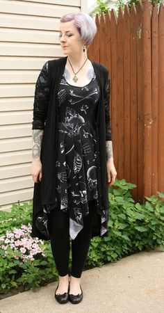 Coffin Kitsch: Oh, The Humidity! #skeletondress #goth #outfit