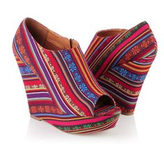 Mexican Shoes. Colorfully sexy.