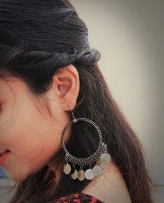 99 Popular Jewelry Trends Ideas That ko Look Attractive Perfume Diesel, Stylish Jewelry, Fine Jewelry, Fashion Jewelry, Fashion Earrings, Jewelry Trends, Jewelry Accessories, Jewelry Design, Tatoo