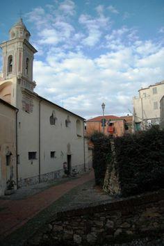 Imperia, Porto Maurizio, centro storico del Parasio, Monastero di Santa Chiara