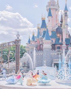ideas wallpaper disney princess wallpapers dreams for 2019 Disney Parks, Disney Love, Disney Pixar, Walt Disney, Disney Magic, Disney World Fotos, Disney World Pictures, Disneyland Paris, Disneyland Princess