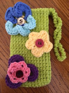 Crochet iPhone case floral iPhone casehand crocheted 4 4S