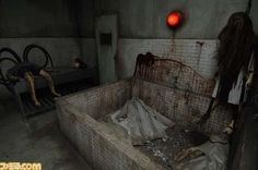 Most Scary Pictures Ever | Only 3 ppl are allowed to go in at once, if you're not lost you still ...