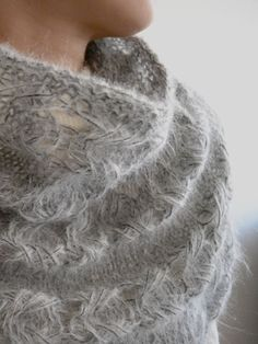 Indian Cross Stitch free cowl pattern (see knitting Tutorials for video)