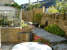 Projects On Pinterest Fence Panels Fencing And Garden Makeover