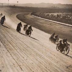 Board track motorcycle racing