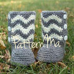 Ravelry: Chevron Toddler Boots pattern by Rebecca PatternMa