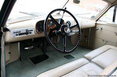 1948 Bentley Mark VI Cresta By Pininfarina 6 Zylinder, 4257 cm³, 100kw 137PS - Chassis-Nr. B476DA, einer von zwei gebauten Bentley weltweit mit tiefem Kühlergrill. Der franz. Industrielle Daninos ließ sich von Pininfarina eine Karosserie auf sein Bentley MK VI bauen. Das Auto gefiel, Daninos beschloss, das Auto in seiner Fabriken (Facel) nachzubauen. Bentley genehmigte nur, wenn der Kühlergrill dem Bentleygrill angepasst wurde. Für Daninos nicht akzeptabel & die Produktion endete nach 11…