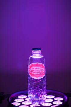 Anti kater water om aan je gasten te mee te geven #bruiloft Ontwerp door Firma Fest