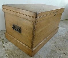 Lovely Large Antique Joiner's Pine Tool Box Toy Box Blanket Box Coffee Table