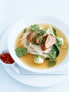 caramelised pork with five-spice broth (need this caramelized pork recipe for the vietnamese banh mi rolls) Pork Recipes, Asian Recipes, Cooking Recipes, Healthy Recipes, Ethnic Recipes, Donna Hay Recipes, Aussie Food, Asian Soup, Caldo