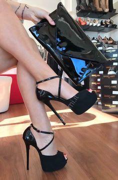 Босоножки каблук шпильки колготки секс видео, порно актрисы порно видео онлайн