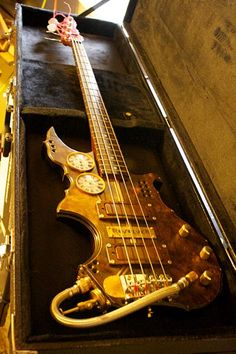 Thin Gypsy Thief Studio's RevolveR Steampunk Bass  #Design #Mods #Music
