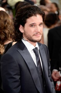 "Jon Snow cleaned up nicely: | The ""Game Of Thrones"" Cast Was Perfect At The Emmys"
