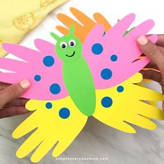 This handprint butterfly craft is great for toddlers, preschool kids and for kindergarten. It's an easy DIY art project for kids to make for Mother's Day or when learning about bugs and insects! - Handprint Butterfly Craft For Kids Handprint Butterfly, Butterfly Crafts, Butterfly Art, Spring Crafts For Kids, Crafts For Kids To Make, Kids Diy, Diy Kids Crafts, Spring Craft Preschool, Arts And Crafts For Kids Toddlers