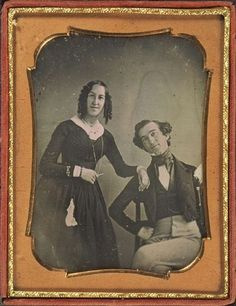 [daguerreotype portrait of a gaily posed couple] via Harvard Universitys Houghton Library, Department of Printing and Graphic Art, Harrison D. Horblit Collection of Early Photography Victorian Life, Victorian Photos, Antique Photos, Vintage Pictures, Vintage Photographs, Old Pictures, Vintage Images, Old Photos, Portraits Victoriens