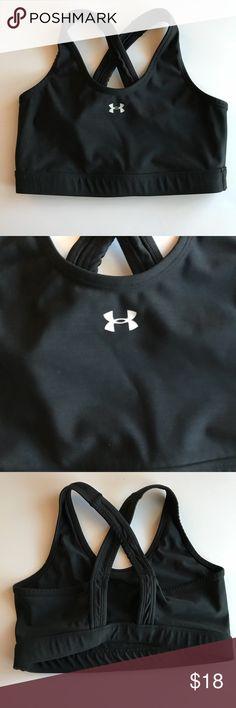 Under Armour sports bra Under Armour Sports Bra in excellent condition! Under Armour Intimates & Sleepwear Bras