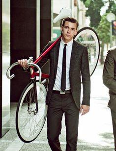 직장근처로 방 구하고 자전거 타고 출근 크~~