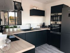 24 Ideas for bedroom interior ikea apartments Kitchen Decor, Kitchen Inspirations, Interior Design Kitchen, Kitchen Dining, Sweet Home, Decor, Small Kitchen, Home Kitchens, Kitchen Design Small