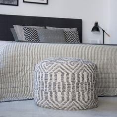 Etnic puf gris Merino Wool Blanket, Throw Pillows, Bed, Wool Blanket, Lounges, Yurts, Furniture, Toss Pillows, Stream Bed