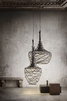 The Nest lamp is formed by a weaving of iron tubes that creates a play between full and empty, illuminated by the antique bronze reflection. The lamp Nest is a Cool Lighting, Lighting Design, Pendant Lighting, Pendant Lamps, Industrial Lighting, Dramatic Lighting, Wire Pendant, Modern Industrial, Light Fittings