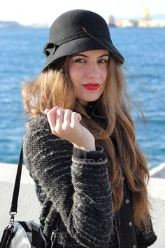 I love cupcakes: #Black+#Jeans #hat #blogger #fashion