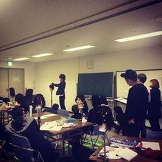 今日はショートスタイル向けのGPH理論。 アウトラインとGPの長さを見れればどんなショートスタイルもカットすることができます◎ アカデミーのカット理論はシンプルで分かりやすいので、サロン内のカット育成カリキュラムにも向いています✂︎✂︎✂︎✂︎ #日本カットアカデミー #カット講習 #カット講習東京 #大阪カット講習 #名古屋カット講習 #福岡カット講習 #カットスクール #カットセミナー #美容師 #美容師スタイリスト #美容師アシスタント #理容師 #理容師アシスタント #カットトレーニング Conference Room