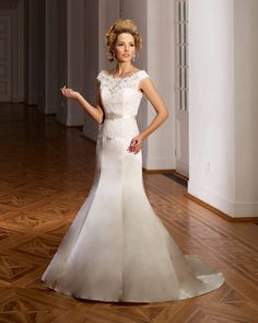Dress: 4206  Available Colors:  in Ivory, White & Champagne  Material: Satin/Lace  Available sizes: EU 32-64                          UK 6-38                          USA 2-34