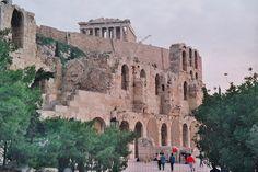 Teatro de Herodes Atticus El Odeón de Herodes Ático es un edificio para audiciones musicales construido en el año 161