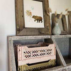 Mach es deinen Kids so gemütlich wie möglich! Small Boxes, Bunt, Decorative Boxes, Frame, Home Decor, Decorate Box, Crates, Nursery Room Ideas, Creative Ideas