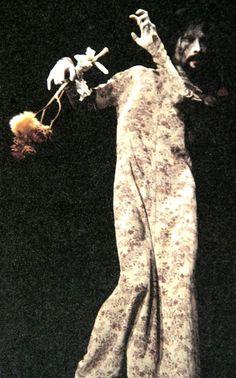 Hijikata Tatsumi Weakened body Butoh