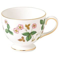 Wedgwood Wild Strawberry Leigh Tea Cup ($50) ❤ liked on Polyvore featuring home, kitchen & dining, drinkware, wedgwood tea cup, strawberry teacup, wedgwood, wedgwood teacup and strawberry tea cup