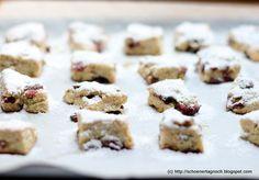 Ein erprobtes Knaller-Rezept, backe ich jedes Jahr! Quarkstollen-Konfekt mit Cranberries und Pistazien