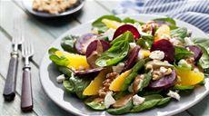 Przepis na sałatkę ze szpinaku Lidl, Tuna, Cobb Salad, Potato Salad, Potatoes, Tasty, Fresh, Cooking, Ethnic Recipes