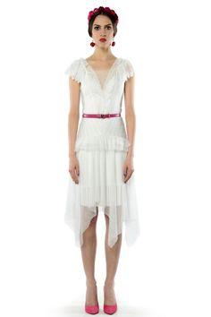 Dalia - sukienka ślubna/koktajlowa z koronkami i tiulem