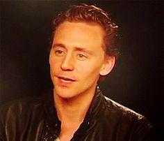 Tom Hiddleston - tom-hiddleston Screencap