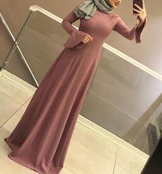 Pinterest: just4girls Hijab Outfit, Hijab Style Dress, Abaya Fashion, Modest Fashion, Fashion Dresses, Burqa Designs, Hijabi Gowns, Simple Long Dress, Abaya Mode