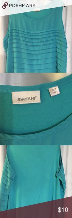 Dressy tank This pretty tank is teal in color. The size says 26/28 but fits like a 24. This classy tank comes from Avenue. Tops Tank Tops