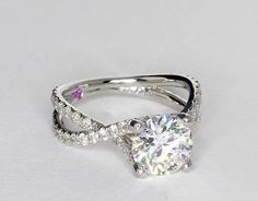 Infiniti engagement ring  http://www.pinterest.com/JessicaMpins/