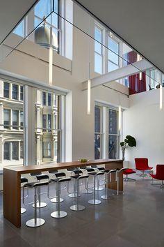 Office Tour: Infor's Collaborative New York City Headquarters – Modern Corporate Office Design Corporate Office Design, Corporate Interiors, Office Interiors, House Interiors, Interior Work, Interior Design, Davis Furniture, Architecture Office, Modern Design
