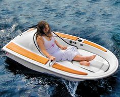 Need to unwind? This electric watercraft lets you go on relaxing 4-mph personal cruises for up to 6 hours at a time. http://www.walletburn.com/electric-watercraft_940.html #luxury