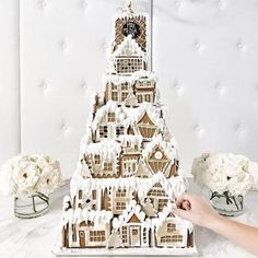 A gingerbread castle fit to live in by Gingerbread Castle, Cool Gingerbread Houses, Christmas Gingerbread House, Christmas Treats, All Things Christmas, Christmas Cookies, Christmas Diy, Birthday Cakes Sydney, Pink Christmas Decorations
