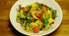 Een lekkere makkelijke maaltijd is deze pappardelle met rucola en pesto.