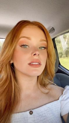 Redhead Makeup, Makeup For Redheads, Red Hair Makeup, Ginger Hair Color, Ginger Blonde Hair, Pretty Redhead, Redhead Girl, Beautiful Red Hair, Beautiful Women