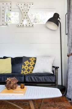 Small Colorful Fashionable House With Eclectic Vibe 5