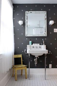 Effetto lavagna su parete del bagno