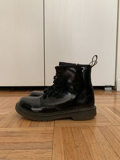 new product 42055 a3425 Kids Size 4 Dr Martens. Barely worn.  fashion  clothing  shoes