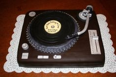 Turntable Groom's cake By Ruth0209