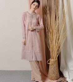Kebaya Hijab, Kebaya Brokat, Batik Kebaya, Kebaya Muslim, Hijab Dress, Dress Skirt, Dress Outfits, Batik Fashion, Hijab Fashion