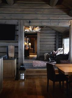 Whether you prefer the classic rustic cabin look or you're wanting to create a space with a more modern air, here are 27 beautiful log cabin interior design ideas to consider. Cabin Interior Design, House Design, Design Bedroom, Bedroom Decor, Chalet Interior, Interior Livingroom, Cabin Design, Kitchen Interior, Cabin Homes